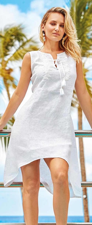Biała sukienka plażowa z tkaniny lnianej